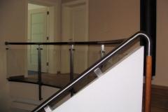 Bs-dr-sz1_405B - balustrada stal--szkło-drewno w pochwycie_inox17.07.08 002