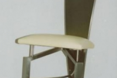 12M - krzeslo trojkatne zolte