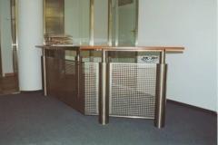 6-71M - biurko z blachy perforowanej