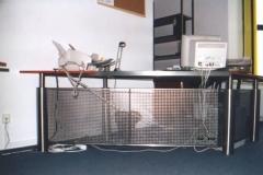 7-72M - biurko z blachy perforowanej