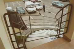 7K - schody czarne, zielony proszek (Villa Europa)