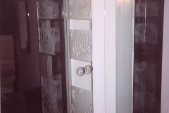 Wdw4awz - drzwi wewnętrzne ze szkła, piaskowany wzór